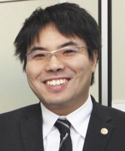 代表弁護士 片岡 優